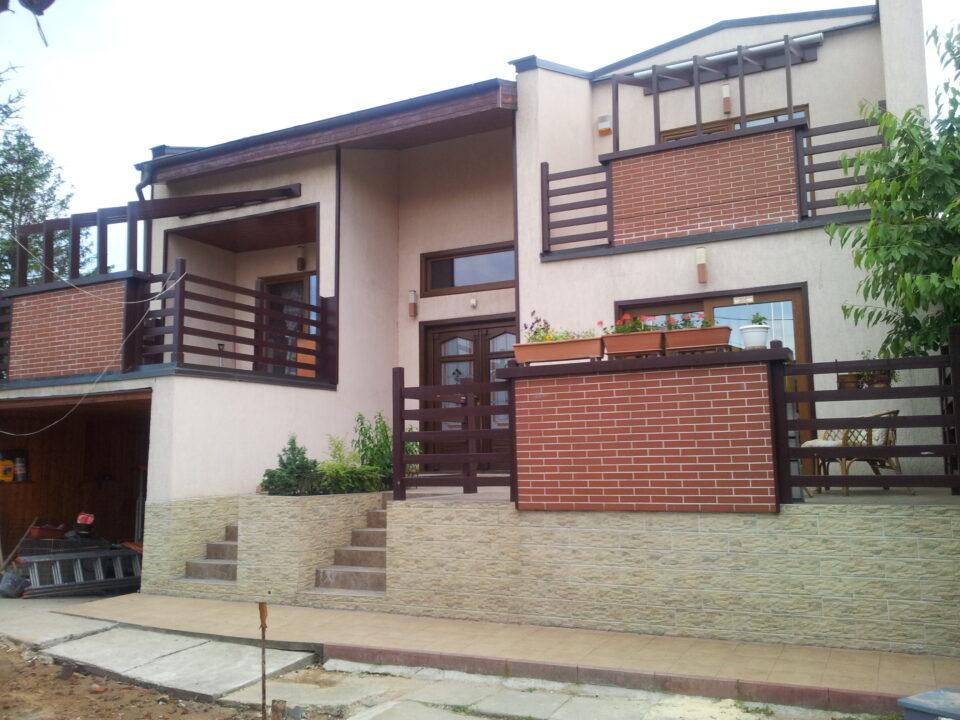 Casa cu sera