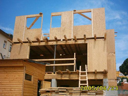 Case de lemn Barcelona 13