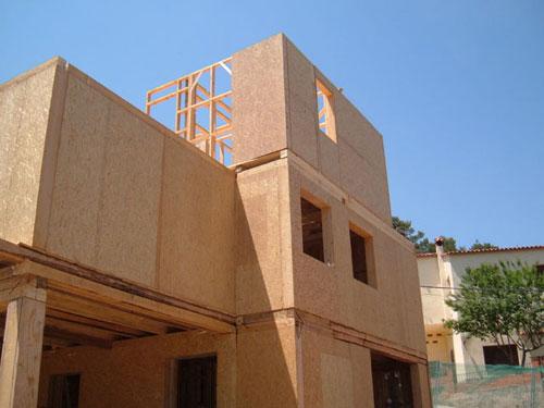 Case de lemn Barcelona 14