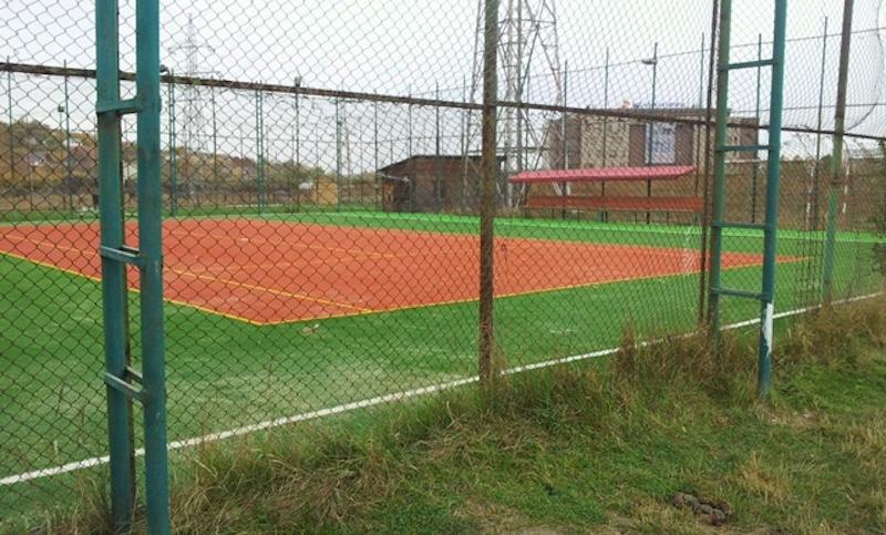 teren-tenis-mobinstal3 Amenajare teren fotbal si tenis de camp