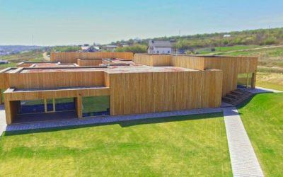 Cea mai mare clădire de birouri din lemn din România a costat 4 milioane de euro. Factura la energie e ridicol de mică