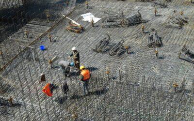 Cum şi pentru cine se ajustează preţurile materialelor de construcţii? Ordonanţa Guvernului, inutilă pentru proiectele majore?